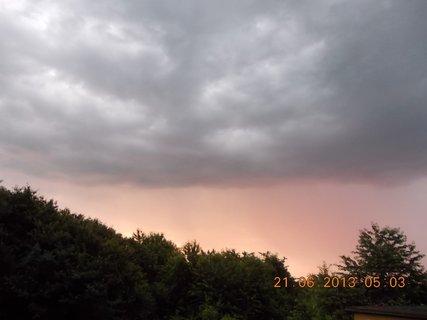 FOTKA - První letní den - 4 - nebe při bouřce a dešti
