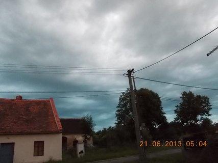 FOTKA - První letní den - 7 - nebe při bouřce a dešti
