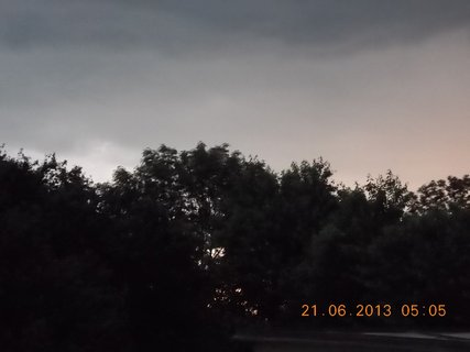 FOTKA - První letní den - 10 - nebe při bouřce a dešti