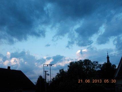 FOTKA - První letní den - 17 - nebe při bouřce a dešti