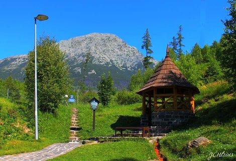 FOTKA - miner�ln� pramen smokoveck� kyselky - Star� Smokovec - Vysok� Tatry