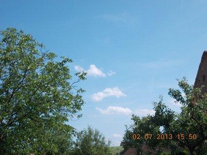 FOTKA - 2.�ervence - 11 - letn� nebe