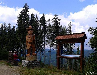 FOTKA - výhled na vrcholky Beskyd