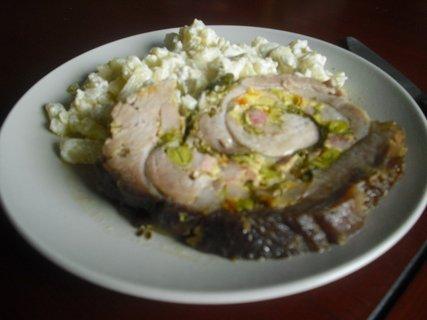 FOTKA - vepřová roláda a bramborový salát