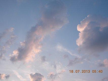 FOTKA - 17 +18.7. - 13 - ranní nebe