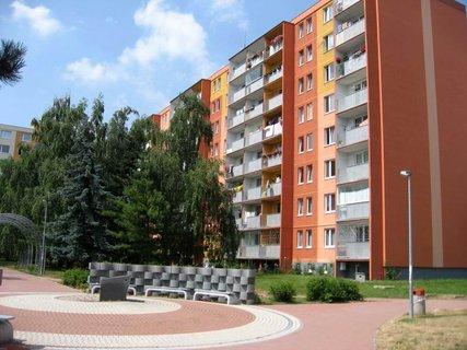 FOTKA - Dnes - liduprázdné sídliště i hřiště 5