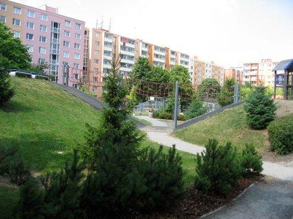 FOTKA - Dnes - liduprázdné sídliště i hřiště 10