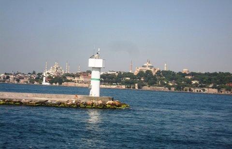 FOTKA - Výlet lodí v Istanbulu, zůstává za námi