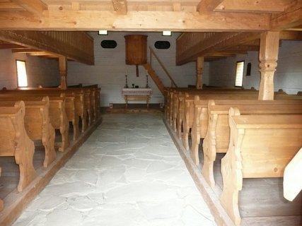 FOTKA - V kostele