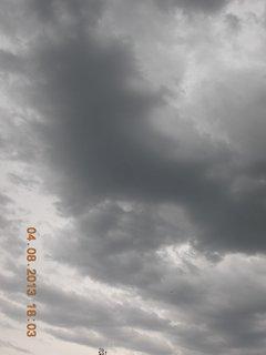 FOTKA - 4. srpna - 7 - před bouřkou
