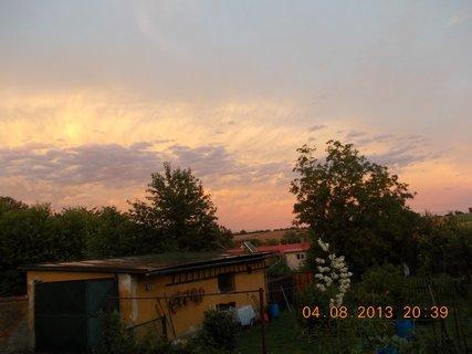 FOTKA - 4 - 6.8. - 3 -  nebe po bouřce