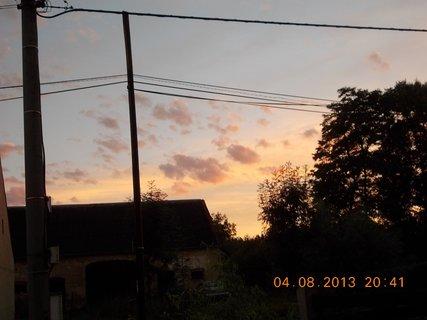 FOTKA - 4 - 6.8. - 9 -  nebe po bouřce