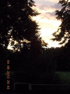 FOTKA - 4 - 6.8. - 11 -  nebe po bouřce