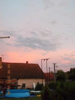 FOTKA - 4 - 6.8. - 12 -  nebe po bouřce