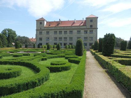 FOTKA - toulky jižní Moravou * zámek Bučovice
