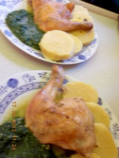 FOTKA - 16 - 19.8. - 8 - kuře, špenát, br. knedle