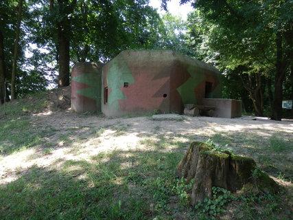 FOTKA - Muzeum Čs. pohraničního opevnění Pohansko. Bunkr lehkého opevnění z let 1936 - 38