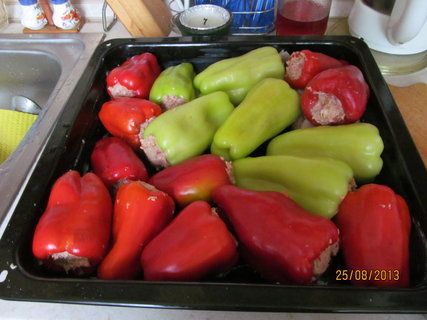 FOTKA - Papriky jsou u� napln�ny