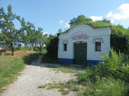 FOTKA - sklípky Petrov-Plže nedaleko Strážnice
