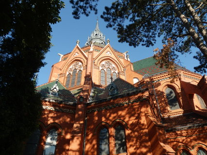 FOTKA - Kostel Navštívení Panny Marie* v Břeclavi-Poštorné