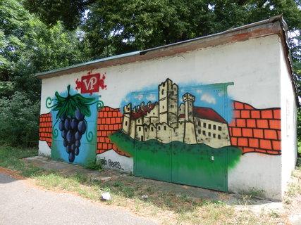 FOTKA - Břeclav - zámek v lidové tvořivosti