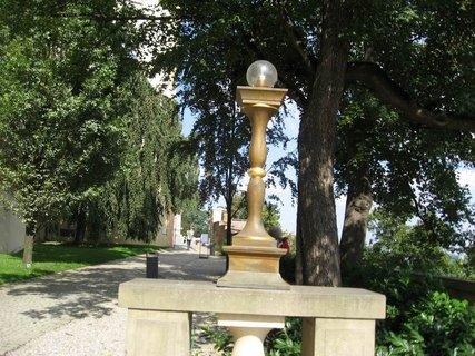 FOTKA - Dnes v zahradách hradu 23