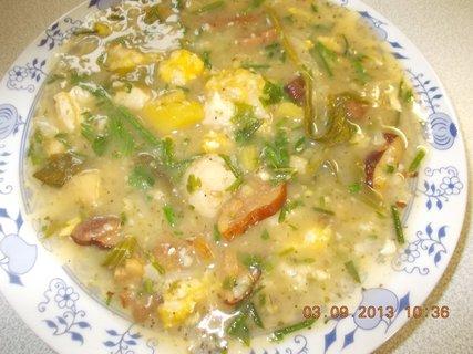 FOTKA - 2. - 3.9. - 25 - bramboračka s houbama a vaječnýma nokama