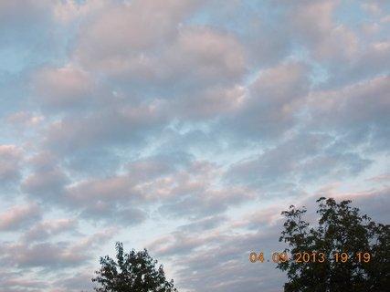 FOTKA - 4.-5.9 - 2 .  barevnost na nebi