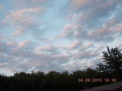 FOTKA - 4.-5.9 - 3 .  barevnost na nebi