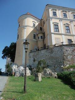 FOTKA - zámek v Mikulově, hledání nových pohledů na rozsáhlou stavbu
