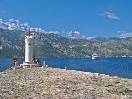 FOTKA - ostrov v mo�i - Boka Kotorsk�