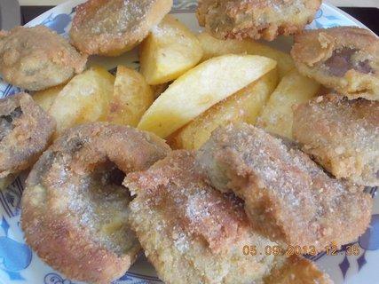 FOTKA - 5. září - 2 - 20 - opečené brambory a houbové řízky, moje porce