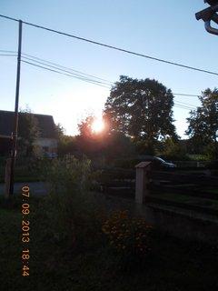 FOTKA - 8.9. + 7.9. - 13 - sluníčko zapadá