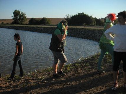 FOTKA - Otvírání rybníku srpen.......