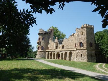 FOTKA - LVA, Janohrad, Janův hrad,  při letním cyklotoulání