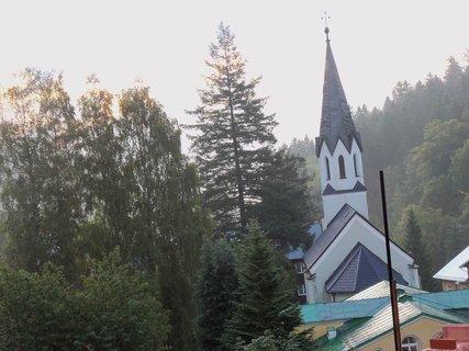 FOTKA - Kostel v Janských Lázních 1