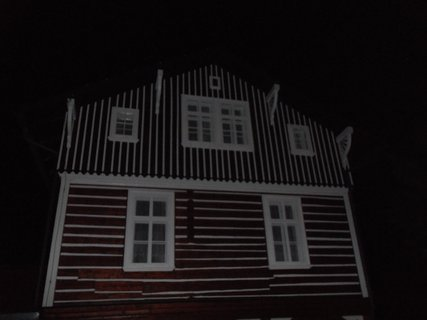 FOTKA - roubenka v noci 1