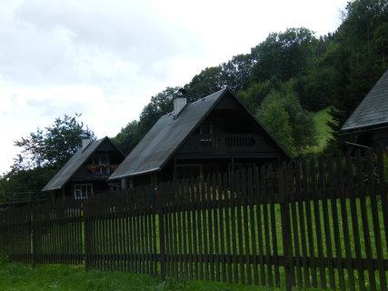 FOTKA - domky v šeru
