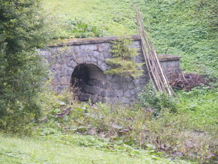 FOTKA - nenápadný most