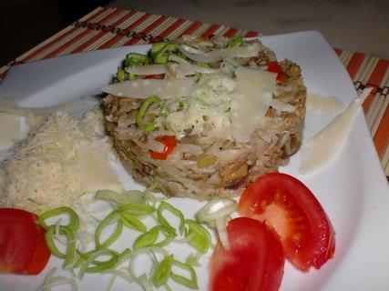 FOTKA - Rýže s hříbky a kotrčem