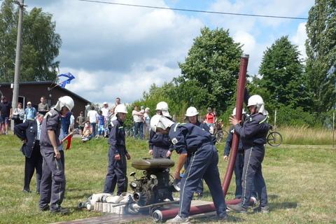 FOTKA - hasičská soutěž-Žernov  28.6.08-naše družstvo-chlapi...