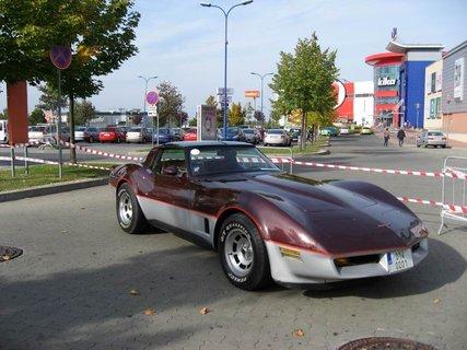 FOTKA - Klub sb�ratel� americk�ch historick�ch vozidel  - Veteran US Car Club Praha 3