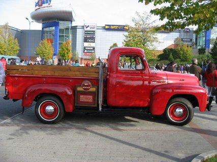 FOTKA - Klub sběratelů amerických historických vozidel  - Veteran US Car Club Praha 9
