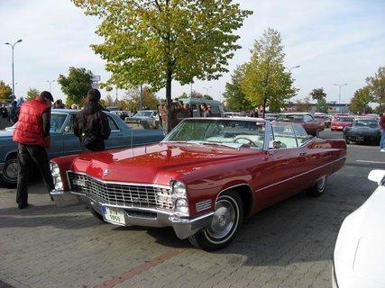 FOTKA - Klub sběratelů amerických historických vozidel  - Veteran US Car Club Praha 16