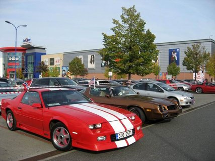 FOTKA - Klub sběratelů amerických historických vozidel  - Veteran US Car Club Praha 20