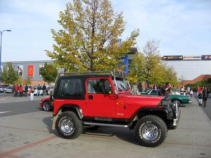FOTKA - Klub sběratelů amerických historických vozidel  - Veteran US Car Club Praha 23