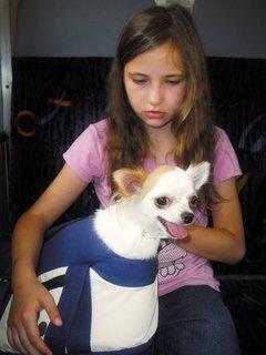 FOTKA - Niki už nechce sedět v tašce