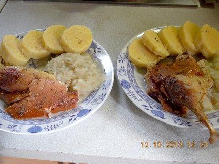 FOTKA - 12.10. - 10.10. - 24 - oběd je hotový