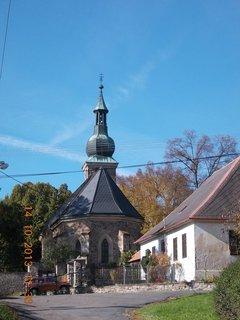 FOTKA - 14.10. - 13.10. - 26 -  pohled na kostel z jiného úhlu pohledu