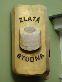 FOTKA - jeden z histor. domů - Lázeňská ulička, Teplice v Čechách